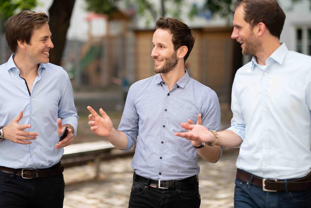 Von Startups für Startups: Adam professionalisiert das Controlling kleiner Unternehmen